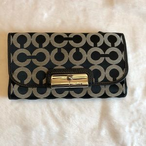 Coach black/gray Signature wallet/Silver hardware